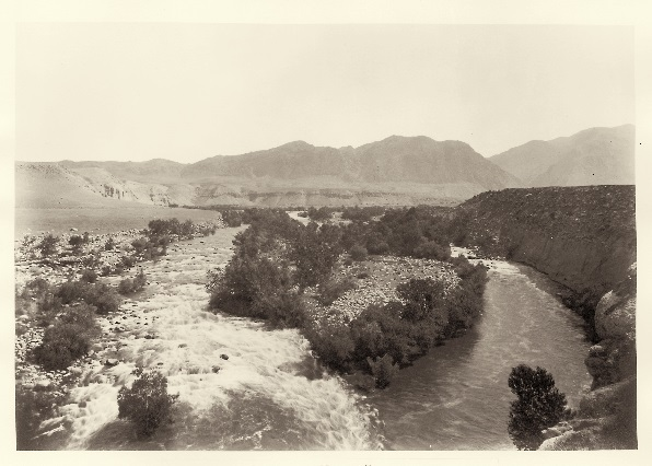 17 CEW, View up the Kern River near the Mouth of the Canyon, Kern County, ca. 1881, HEH