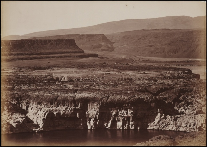 7 CEW, Indian Village at the Head of the Dalles, ca. 1882-83, Beinecke 1500