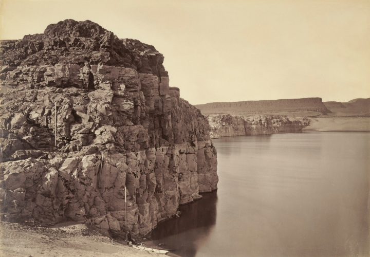 8 CEW, The Dalles, Extremes of High and Low Water, Columbia River, ca. 1882-83, JPGM 1500.jpg